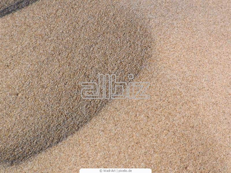Песок речной оптом от 1 тонны