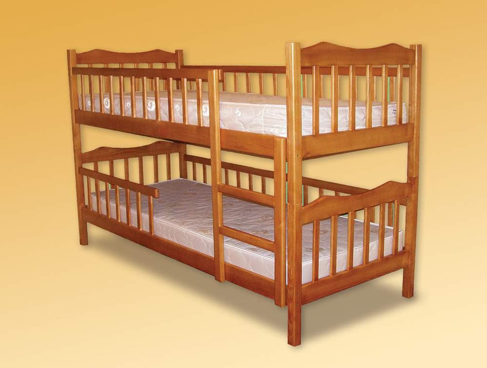 Кровать двухъярусная деревянная