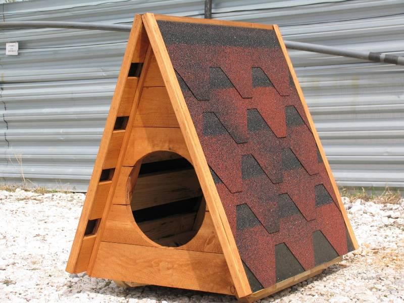 Будка для собаки из термодревесины