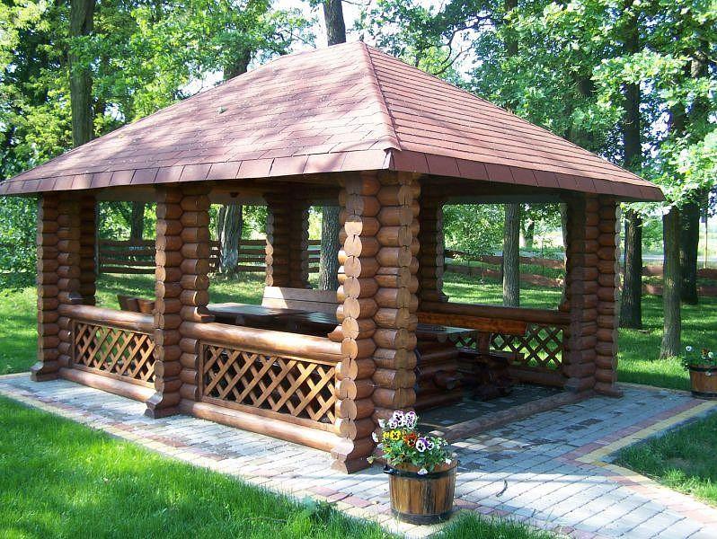 Деревянная квадратная беседка к дому КРЕДИТ из термодревесины
