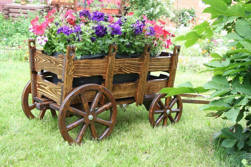 Телеги садовые декоративные