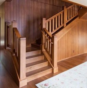 Лестница деревянная №10